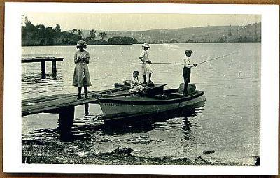Cuba-Lake-Dock-Fishing