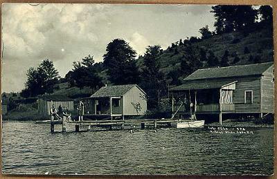 Cuba-Lake-Dock-Scene