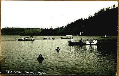 Cuba-Lake-Swim-Boat